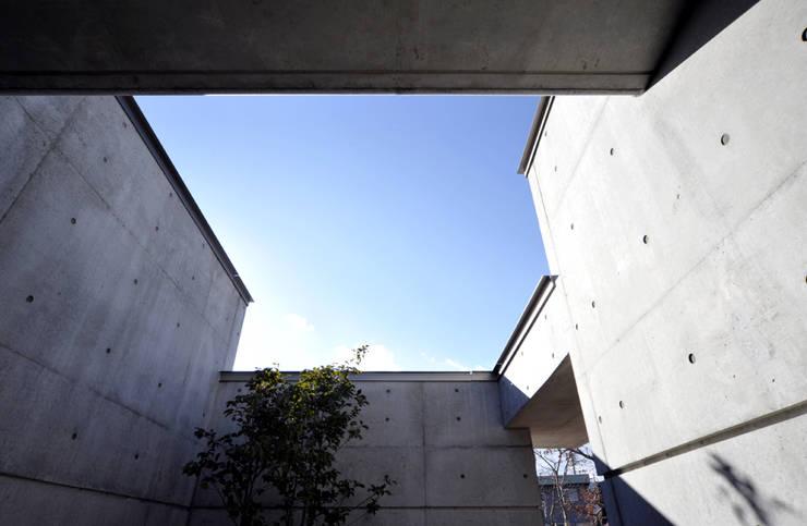 地平線の家: 片倉隆幸建築研究室が手掛けた家です。