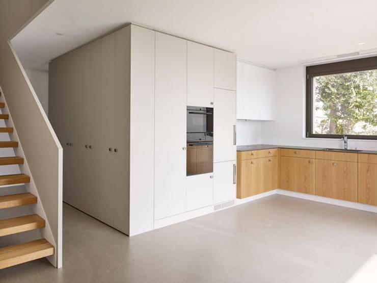 Projekty,  Kuchnia zaprojektowane przez fiktiv Architektur GmbH
