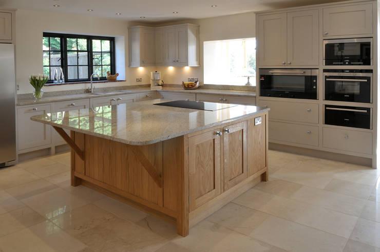 Cocinas de estilo moderno de Hartley Quinn WIlson Limited