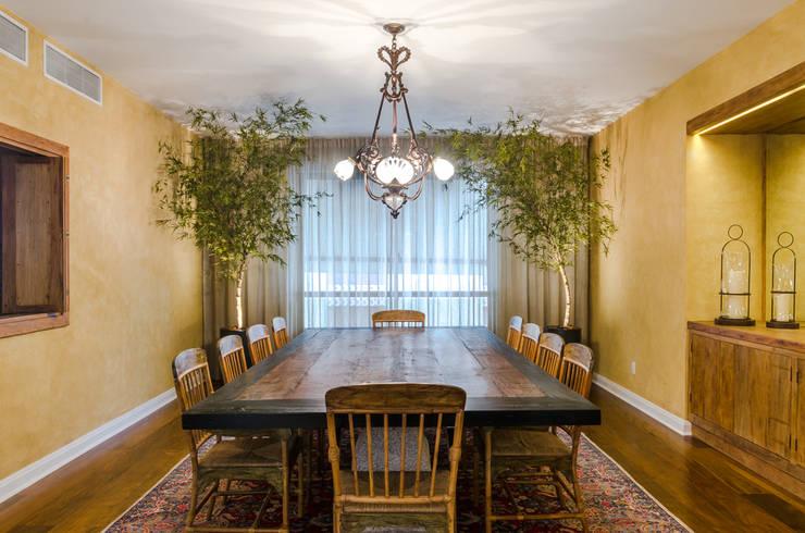 Sala de Jantar | Residência SP: Salas de jantar modernas por Christiana Marques Fotografia