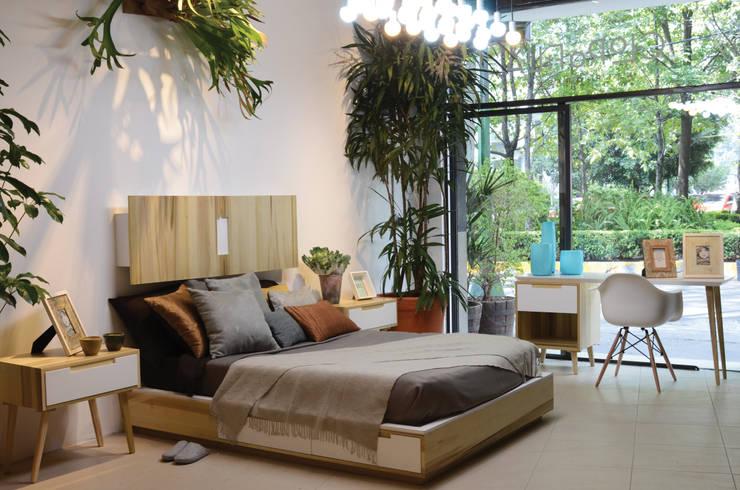 Dormitorios de estilo moderno de Clorofilia