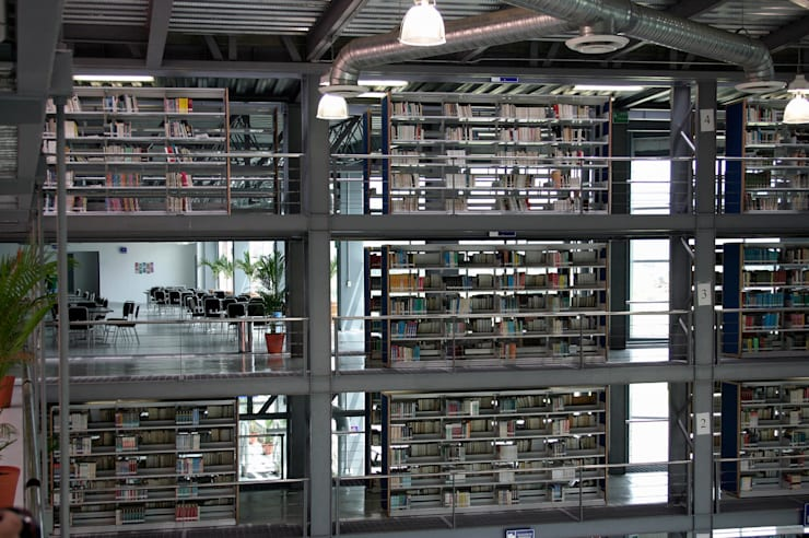 Muro de libros: Escuelas de estilo  por LEAP Laboratorio en Arquitectura Progresiva
