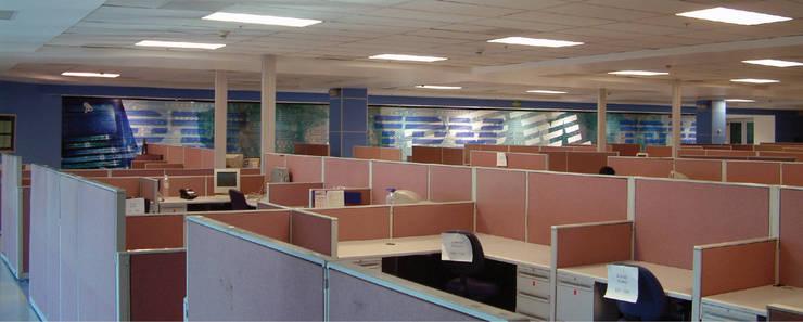 IBM, HGA´s Guadalajara: Oficinas y tiendas de estilo  por LEAP Laboratorio en Arquitectura Progresiva