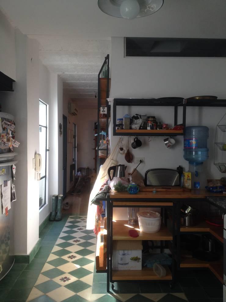 Kitchen by ESTUDIO MYGA, Industrial