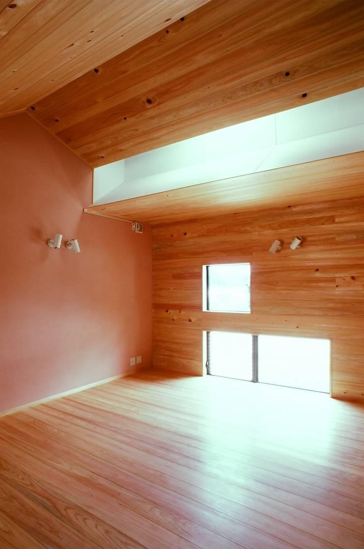 寝室: katachitochikaraが手掛けた寝室です。