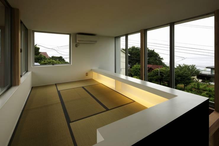 archi-scape: 岡村泰之建築設計事務所が手掛けた和室です。