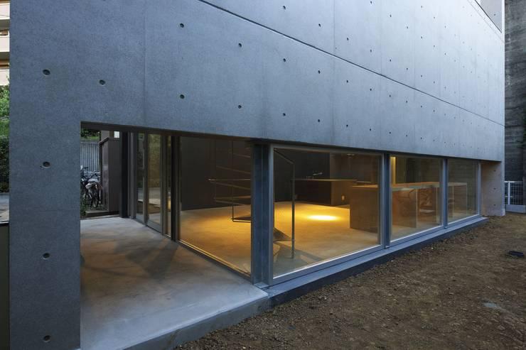 light-phase: 岡村泰之建築設計事務所が手掛けた家です。