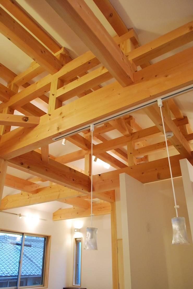 長等の家 : 西川真悟建築設計が手掛けたリビングです。