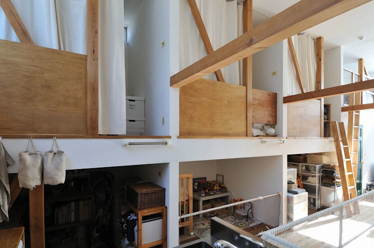 good-shelf: 岡村泰之建築設計事務所が手掛けた寝室です。