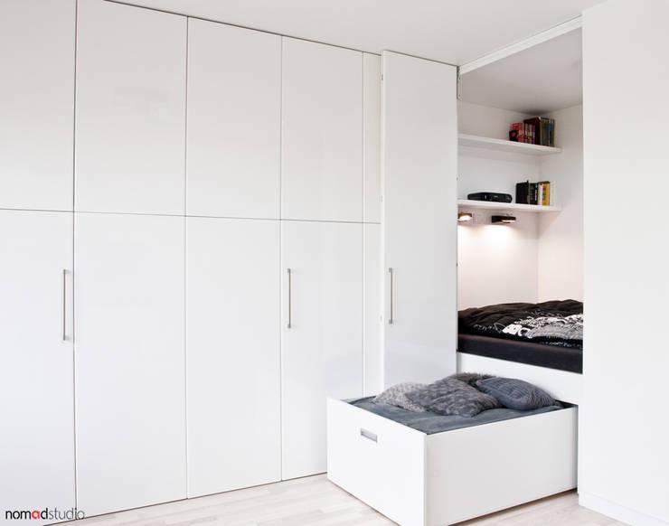 Спальни в . Автор – nomad studio