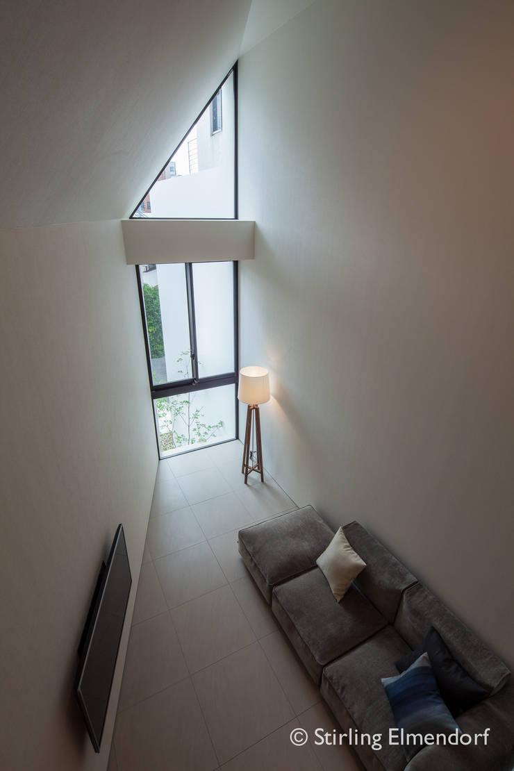 リビング2: fujihara architectsが手掛けたリビングです。,