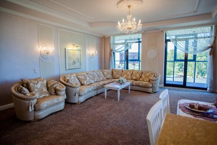 Демо-квартира: Гостиная в . Автор – Center of interior design