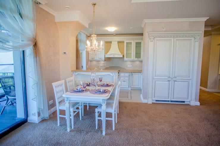 Демо-квартира: Кухни в . Автор – Center of interior design