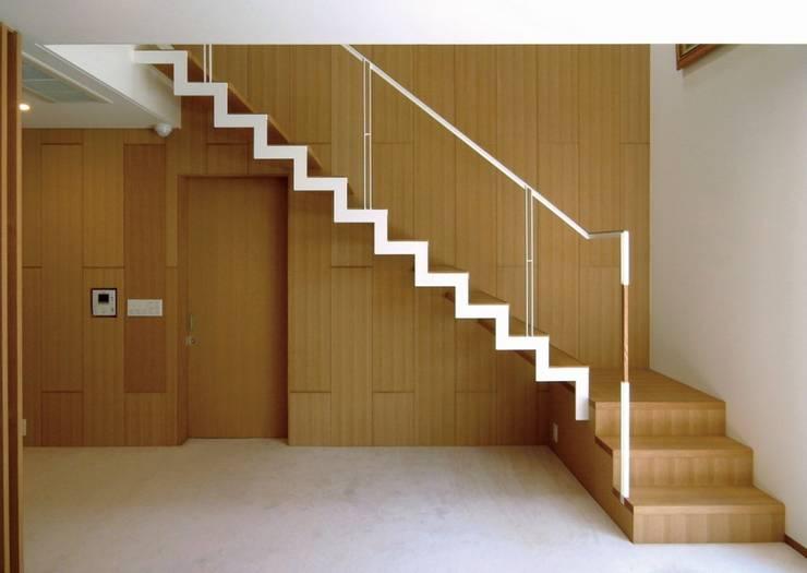 鉄骨階段 オリジナルスタイルの 玄関&廊下&階段 の 株式会社エキップ オリジナル