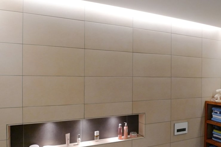 حمام تنفيذ Bolz Planungen für Licht und Raum