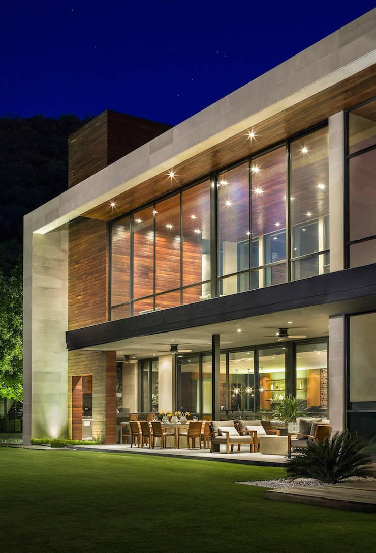 Casa SAC I: Casas de estilo  por Pozas Arquitectos