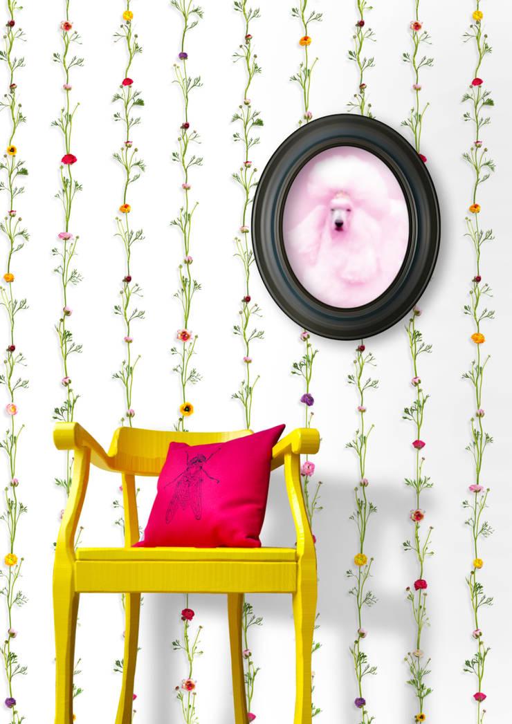 Wallpaper Ranunculus stripes Moderne winkelruimten van Snijder&CO Modern