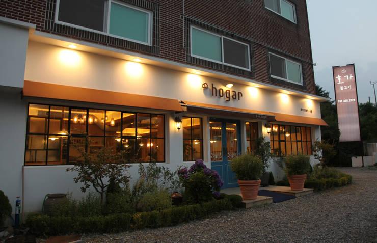 호가 레스토랑: 주디자인의  레스토랑