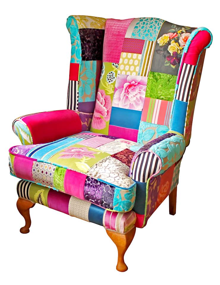 Fulham Bloom Wing Chair - Made to Order:  Living room by Kelly Swallow