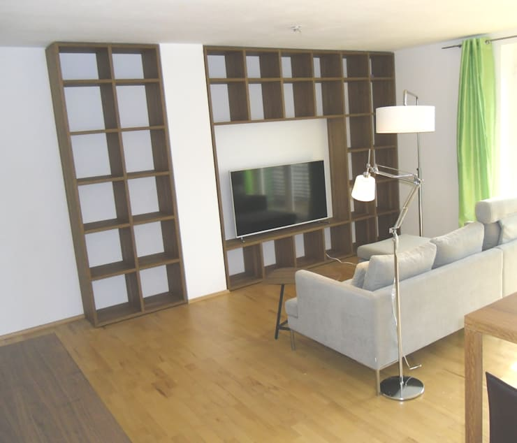 modern wohnen mit einem Hauch von Skandinavien:  Wohnzimmer von Innenarchitektur-Moll