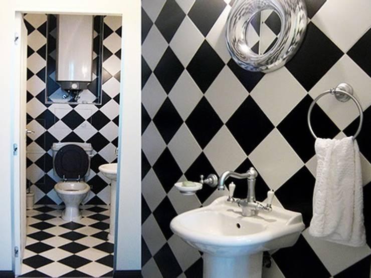 Интерьер квартиры на ул. Кирочная, Санкт-Петербург: Ванные комнаты в . Автор – Архитектурное бюро Борщ