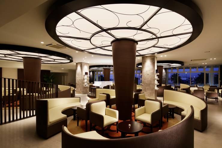 AQUA WEDDING VILLA  ELYSION KISARAZU: KASAHARA DESIGN WORK Co.Ltdが手掛けたオフィススペース&店です。