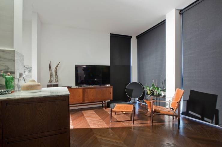 A-Mimarlık İnşaat Sanayi ve Tic. Ltd. Şti. – Murat Süter Villa: modern tarz Oturma Odası