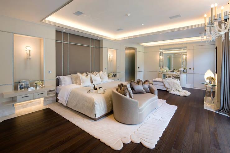Suburban villa: Winnington Road: modern Bedroom by Wolff Architects