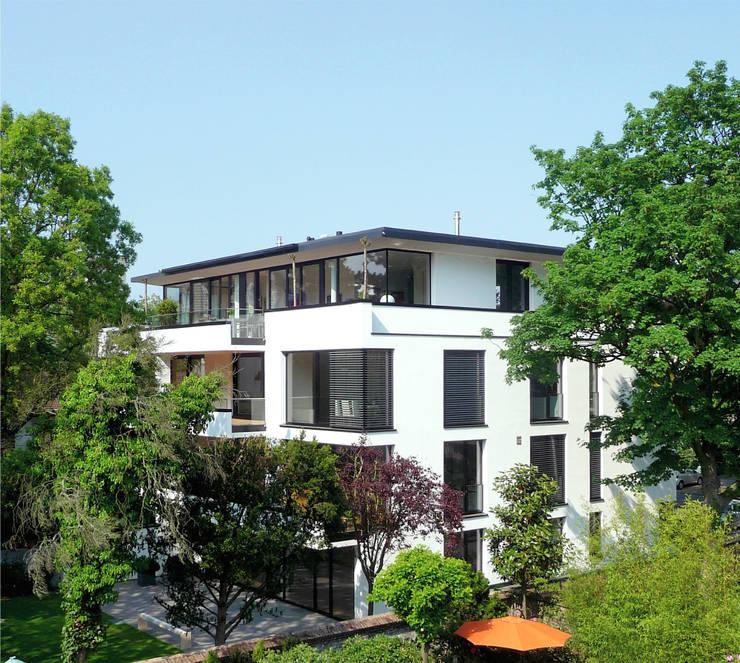 gartenfassade süd / west:  Häuser von beissel schmidt architekten,