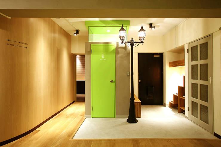 F☆☆☆☆ HOUSE: コムデザインラボが手掛けた浴室です。