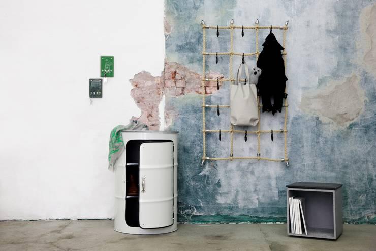 Living room by Lockengelöt