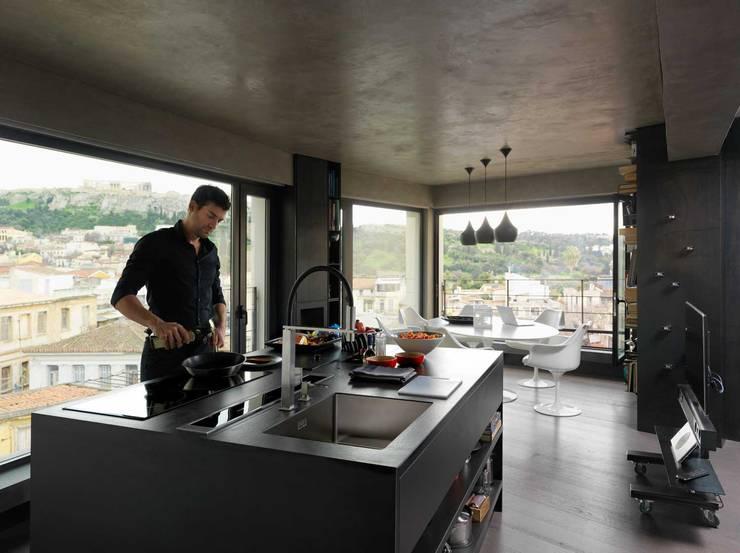 Franke Acropoli: Cocina de estilo  de FRANKE