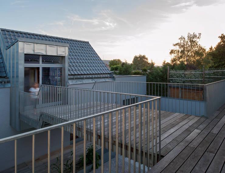 Tерраса в . Автор – Abendroth Architekten, Модерн