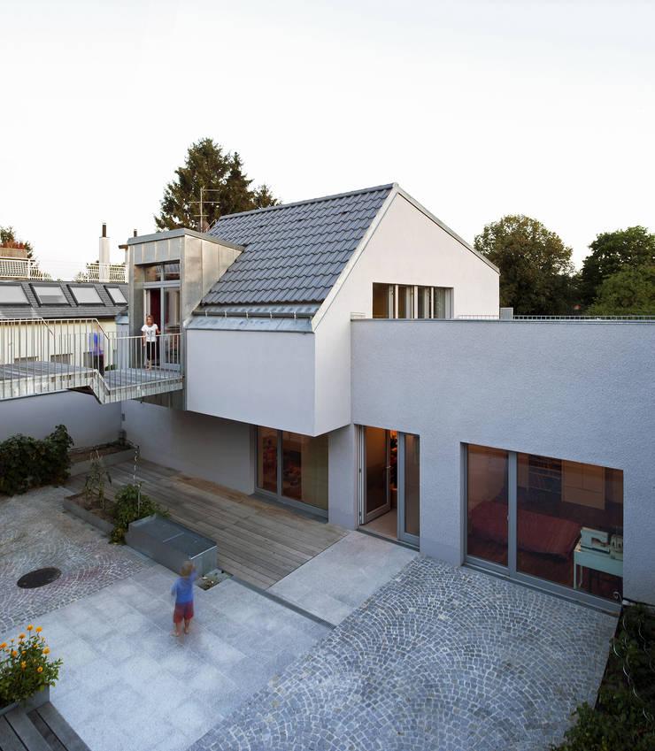 Дома в . Автор – Abendroth Architekten, Модерн