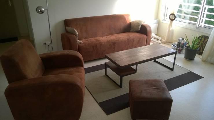 Table basse bois et métal sur-mesure: Salon de style  par Hewel mobilier
