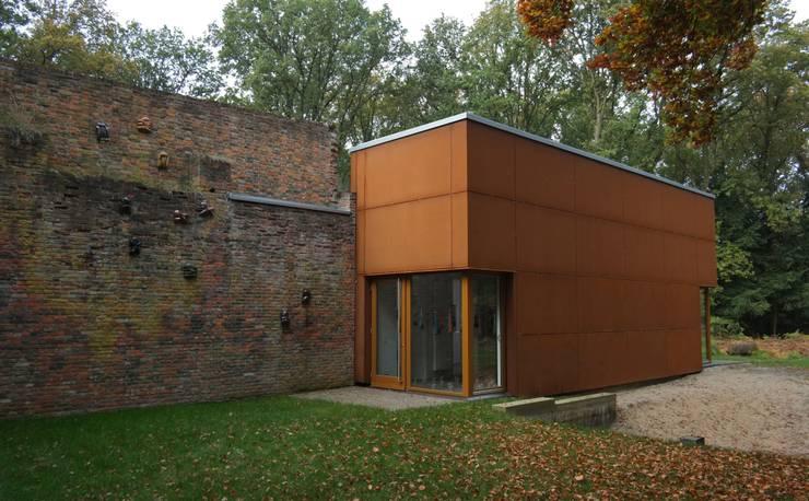 Atelier van Eyk: minimalistische Häuser von Architekturbüro Birker