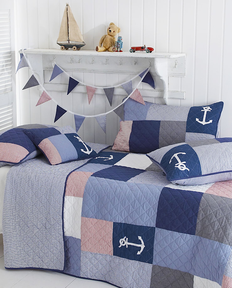 Sidmouth Patchwork Bedspread:  Bedroom by Marquis & Dawe