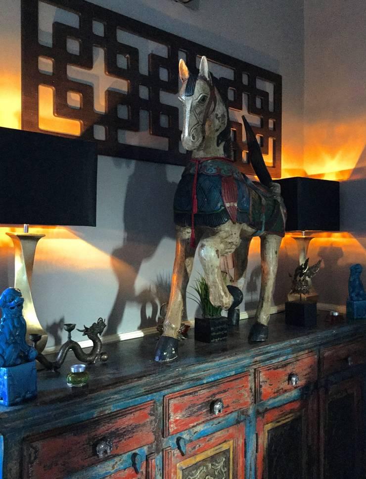 General Photos :  Living room by Studio D. Interiors