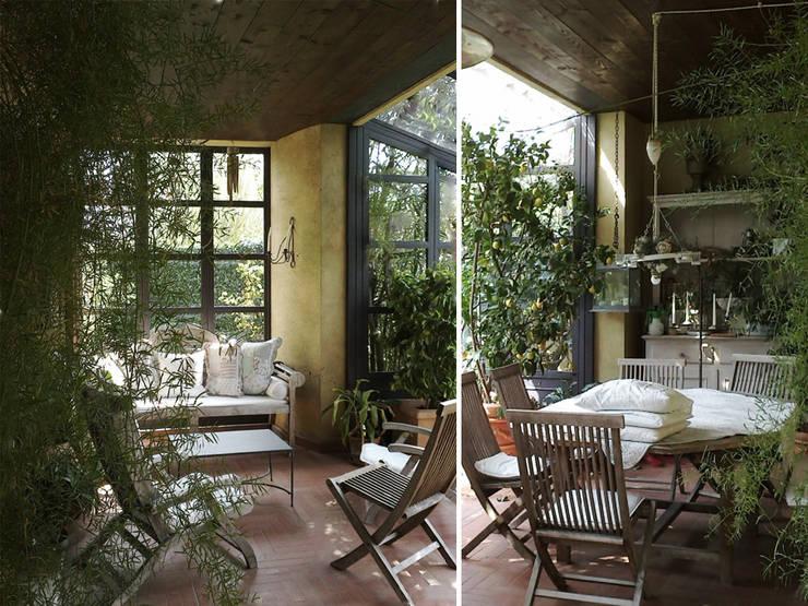 giardini d'inverno: Giardino d'inverno in stile In stile Country di Studio Maggiore Architettura