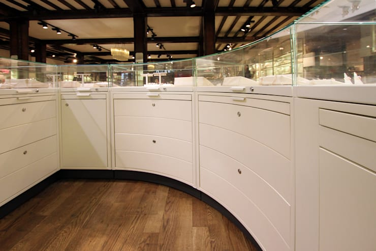 Liberty - Jewellery Emporium:  Commercial Spaces by Tendeter