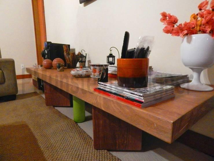 LAR DOCE LAR: Salas de estar  por Patrick Munstein Designer ,Rústico