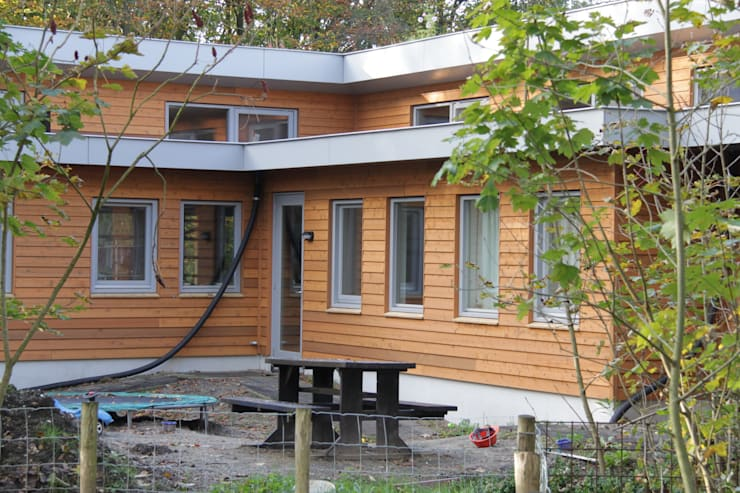 woonhuis in Uden:  Huizen door mickers architectuur, Scandinavisch