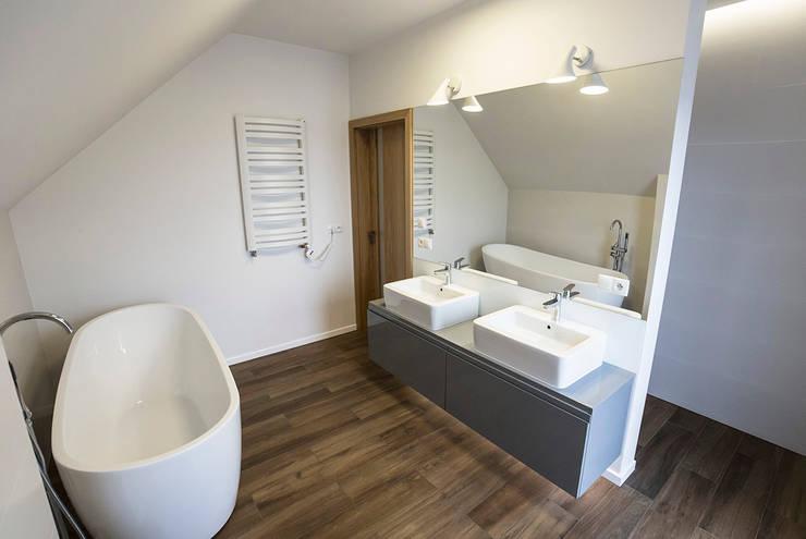 Bathroom by Och_Ach_Concept