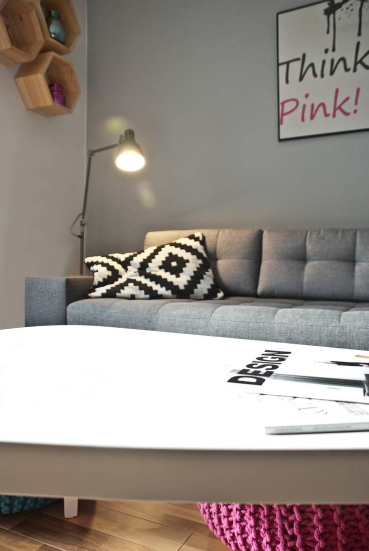 PWZ: styl , w kategorii Salon zaprojektowany przez Och_Ach_Concept