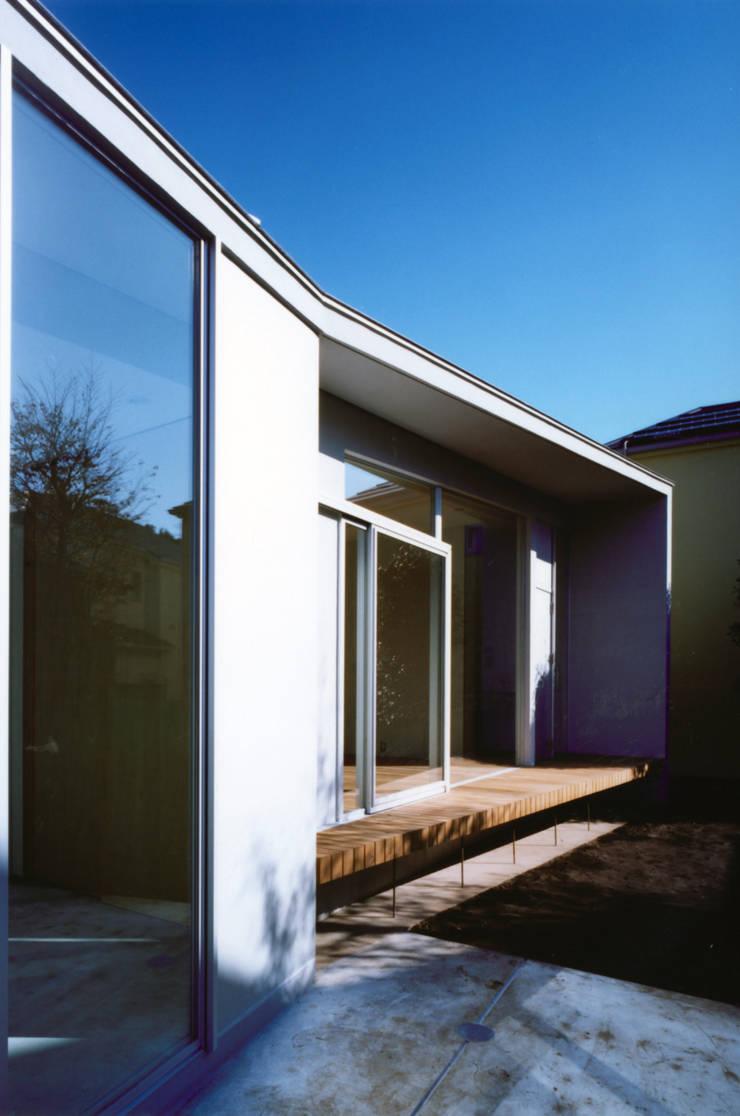 藤沢の家: 小平惠一建築研究所が手掛けた家です。,モダン