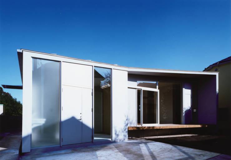 藤沢の家: 小平惠一建築研究所が手掛けた家です。