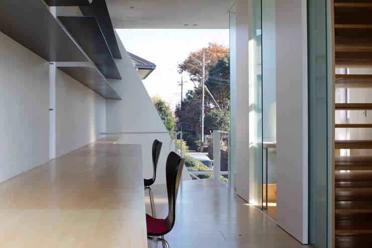 S Atelier: 小平惠一建築研究所が手掛けた書斎です。