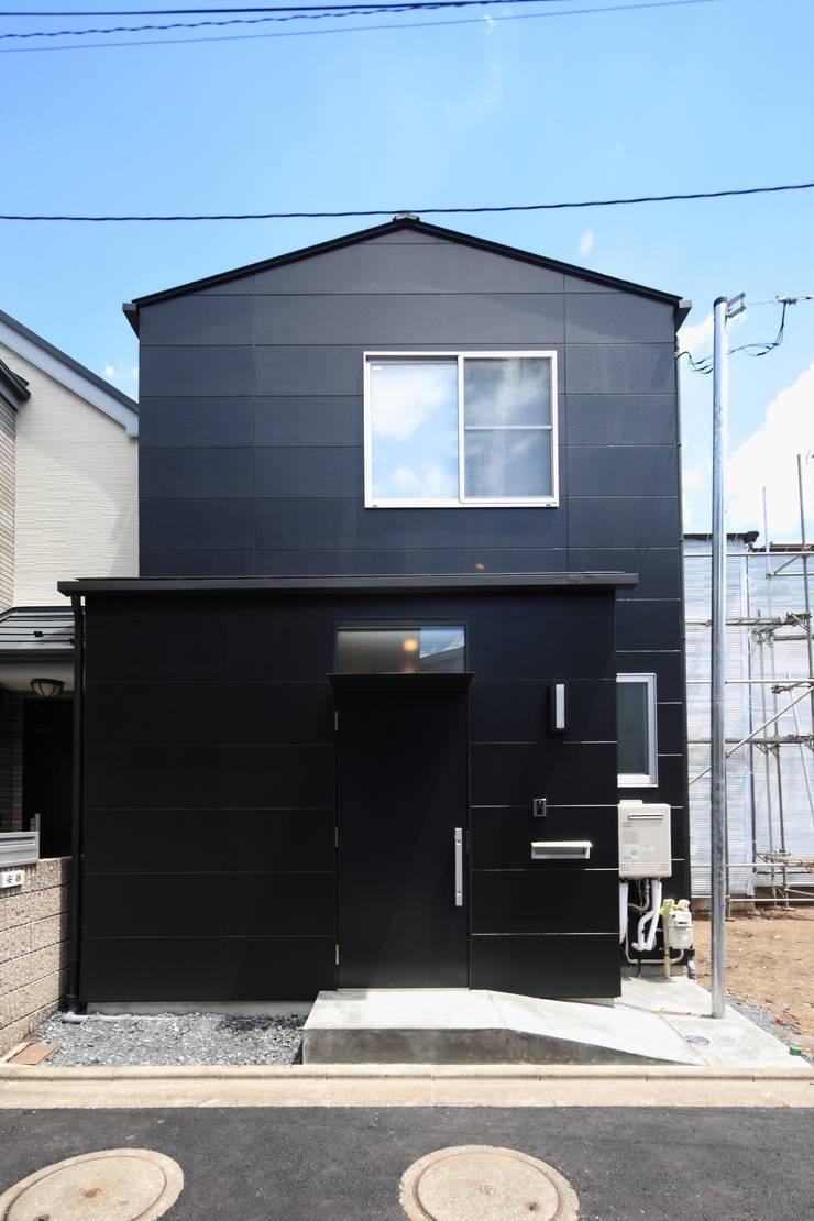 東金町の家【House Higashikanamachi】: Nieda Architectsが手掛けた家です。