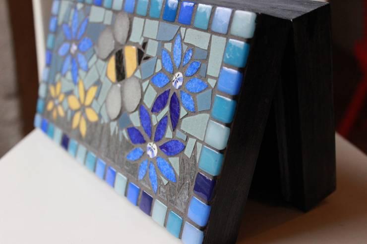 Boite mosaïque: Maison de style  par Mosa-Louisa