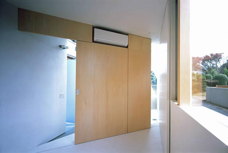 S Atelier: 小平惠一建築研究所が手掛けた和室です。